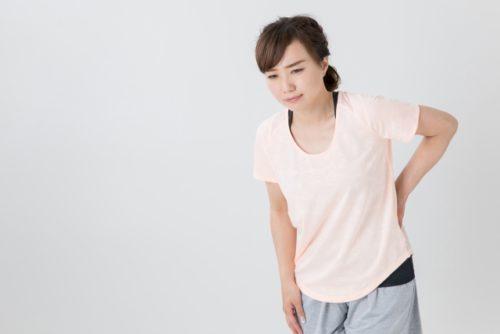 岡崎市アームズ整骨院の腰痛女性写真